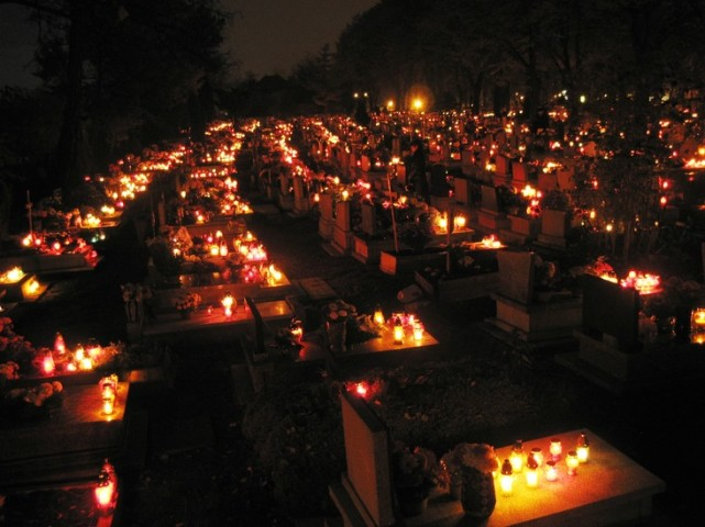Thousands of blazing lanterns in Katowice Cemetery on All Souls Day